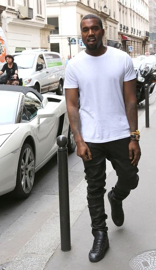 Voici Kanye West en Balenciaga