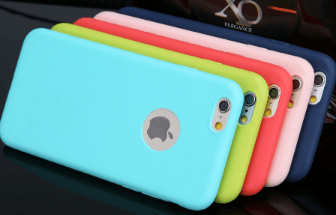 Jolies coques iphone en caoutchouc sur AliExpress